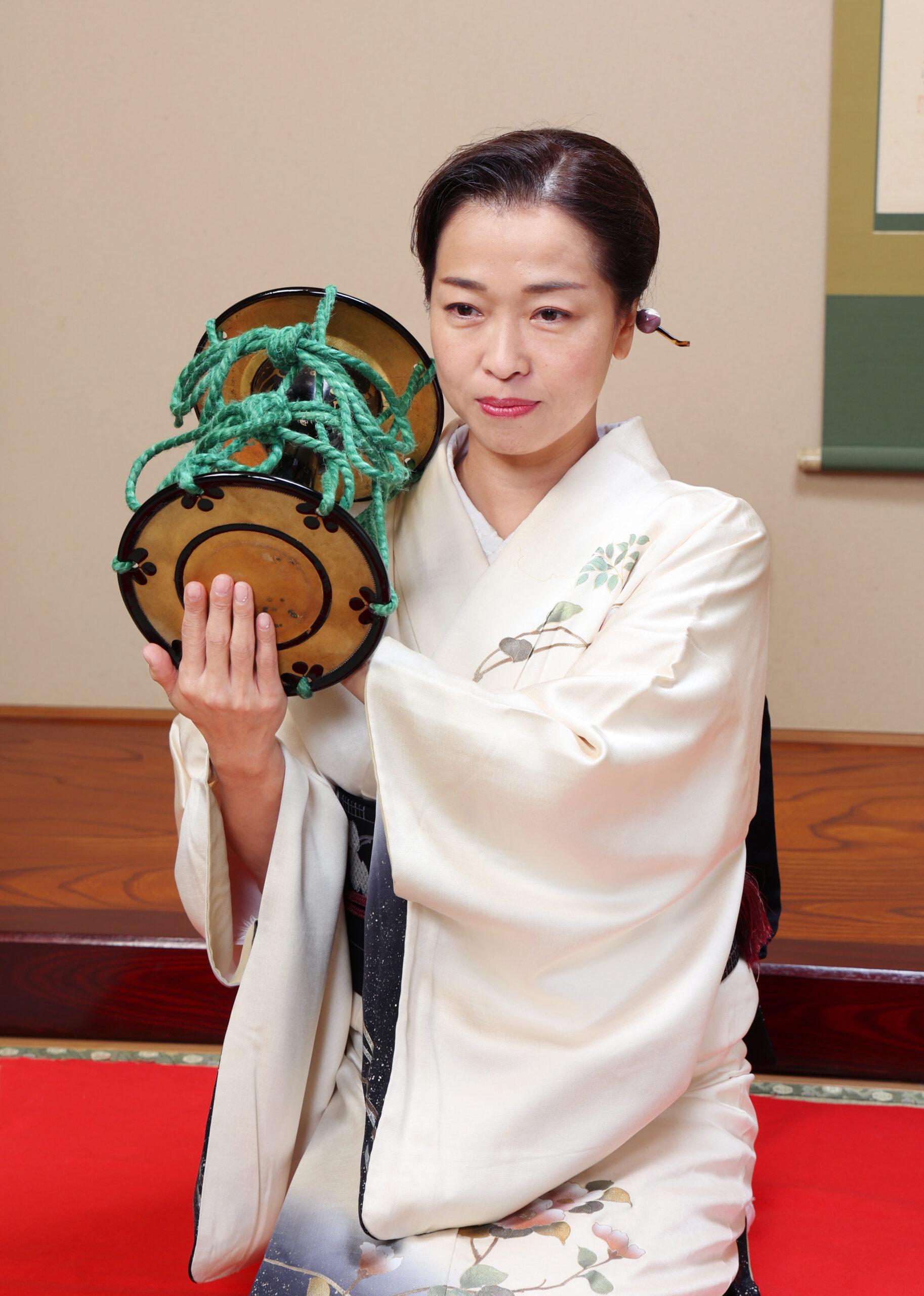 安城芸妓組合 安城芸妓文化振興会 笑美会(えびすかい)  安城芸者.芸子.芸姑.接待・お遊びのお座敷を伝統文化のお遊びで盛り上げます。